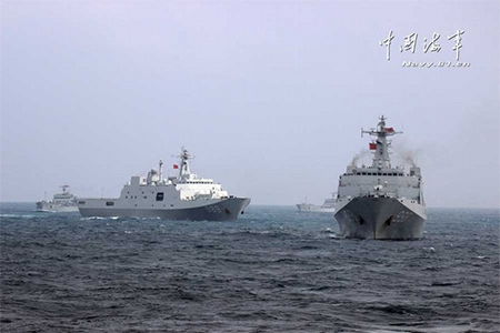 China sent out 3 Type 071 landing platform docks for the first time