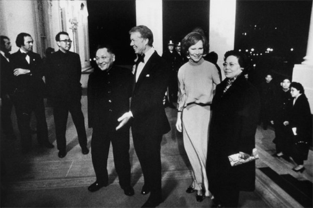 Deng Xiaoping and Jimmy Carter at the White House with their wives after a gala at the Kennedy Centre that was held in Deng's honour, January 1979