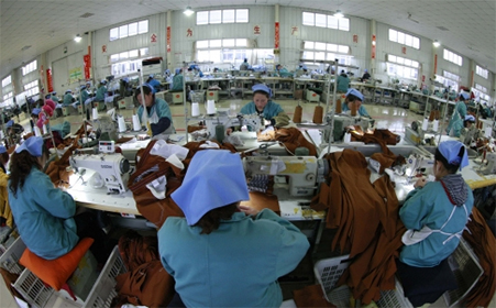 Workers in labour-intensive industries such as garment making are unlikely to find new jobs since they have no other skills, says a headhunter. Photo: Reuters