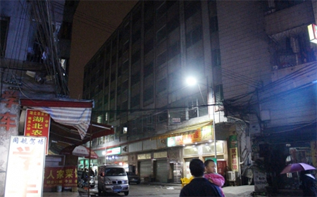 Two Uygur women armed with knives were shot dead in Guangzhou's Baiyun district the night before the Guangzhou Railway station knife attack. The area has become a meeting place for Uygurs in recent months.