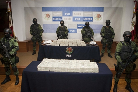 A US5.3 million haul of the gang's cash seized in Mexico.