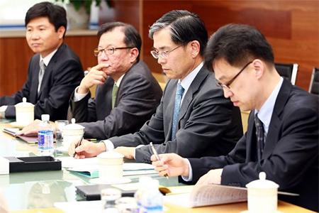 Vexing Chinese Negotiating Tactics