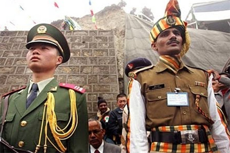 Chinese and Indian Soldiers