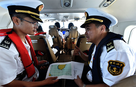 Inside the patrol aircraft. Photo by Xinhua reporter Zhao Yingquan