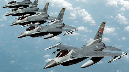 Five U.S. Air Force F-16 fighter jets