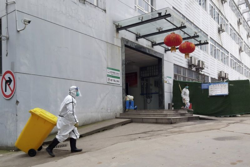 China scrambles to build 1,000 bed hospital dedicated to coronavirus patients