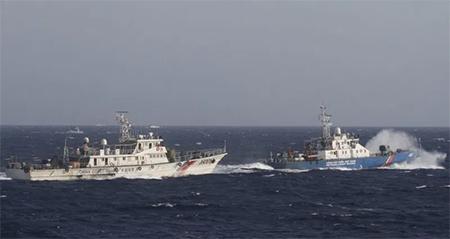 Vietnam Marine Guard and Chinese Coast Guard