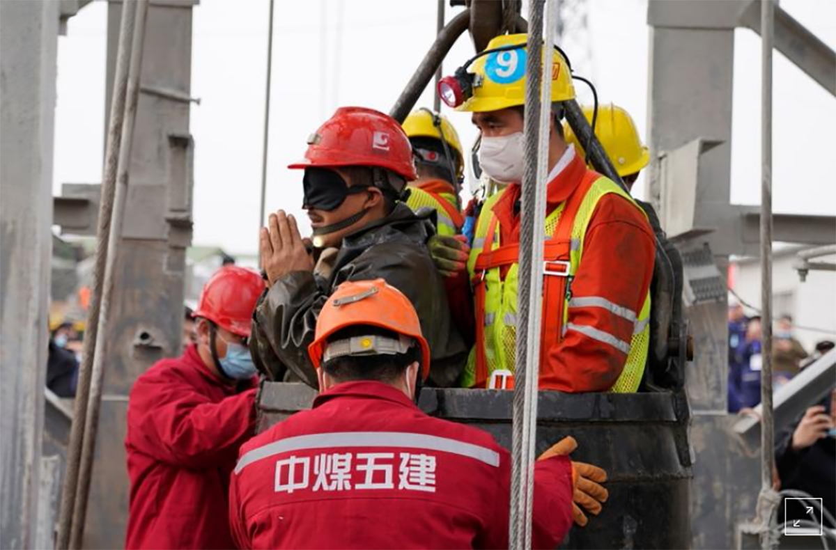 Ten China gold miners confirmed dead after eleven others rescued on Sunday; one still missing