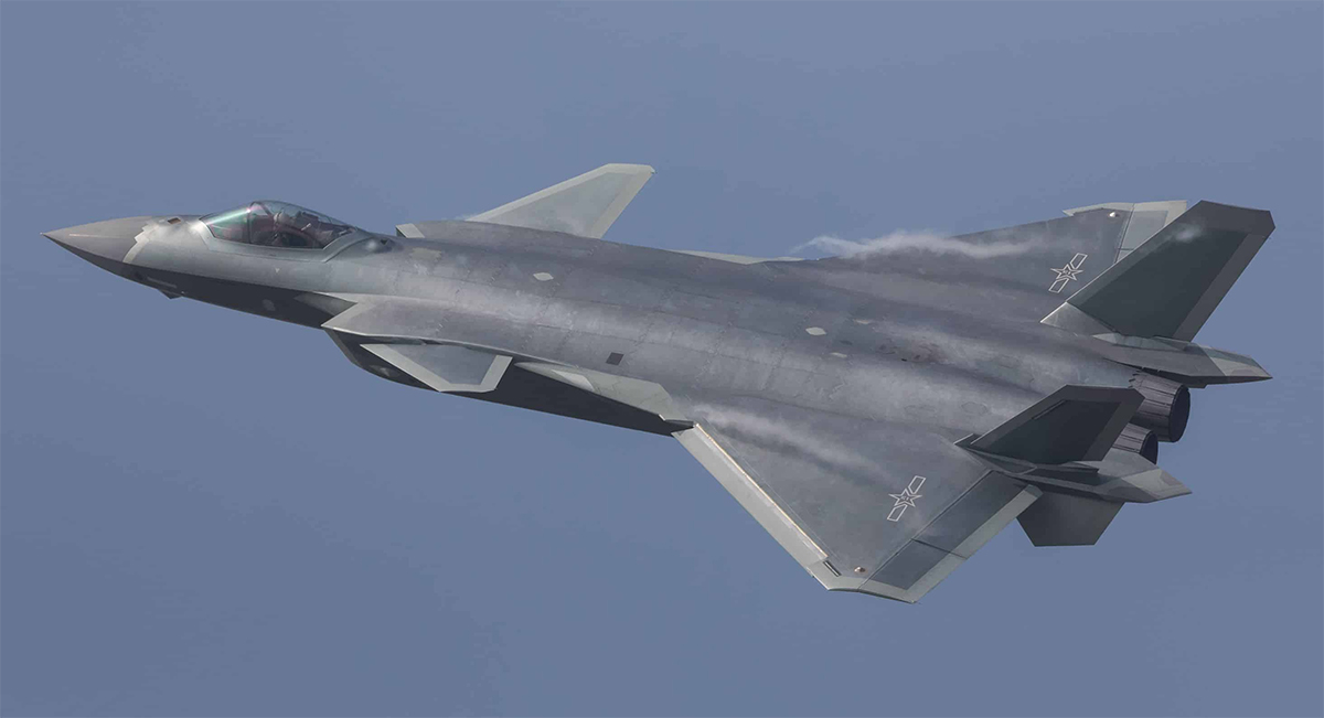 AVIC building twin-seat version of top fighter jet